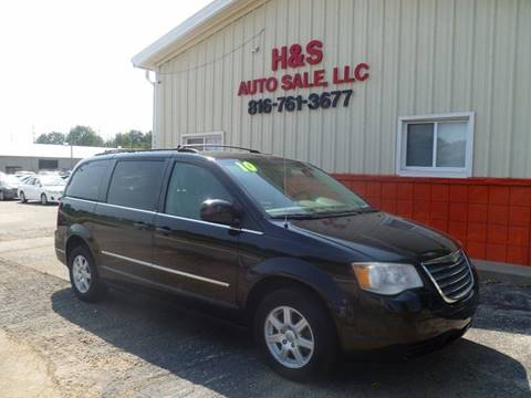2010 Chrysler Town and Country for sale in Grandview, MO