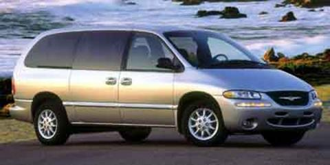 2000 Chrysler Town and Country for sale in Omak, WA