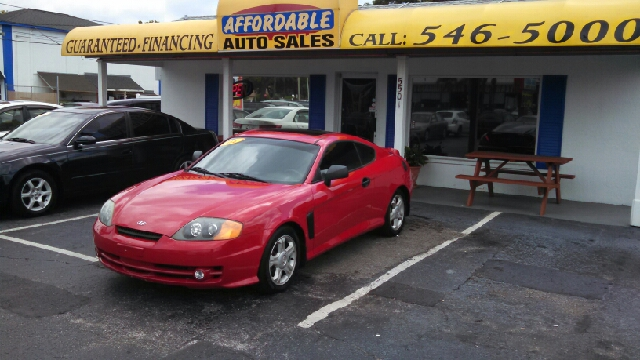 2004 Hyundai Tiburon Base 2dr Hatchback - We Finance Everyone! FL