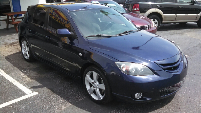 2004 Mazda MAZDA3 s 4dr Wagon - We Finance Everyone! FL