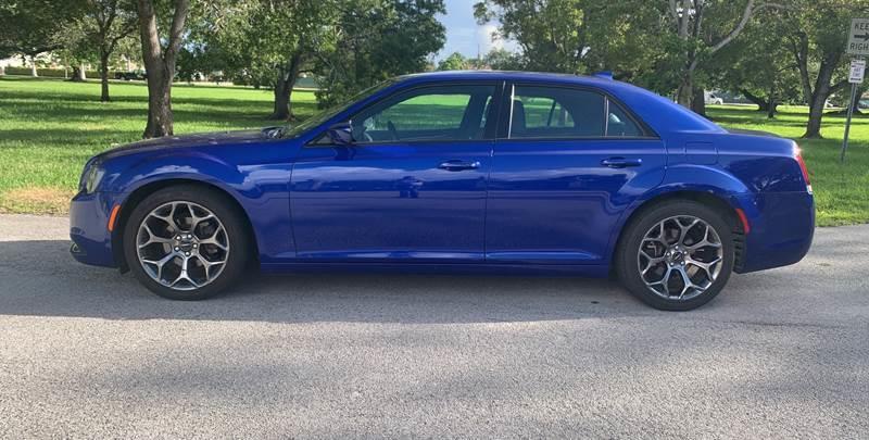 2018 Chrysler 300 S 4dr Sedan - Hialeah FL