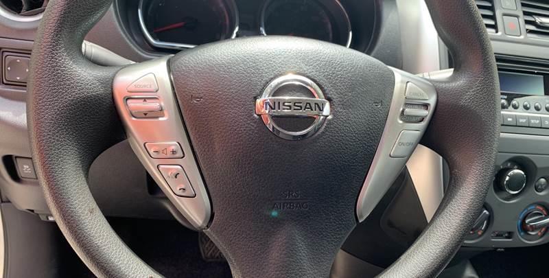 2018 Nissan Versa SV 4dr Sedan - Hialeah FL