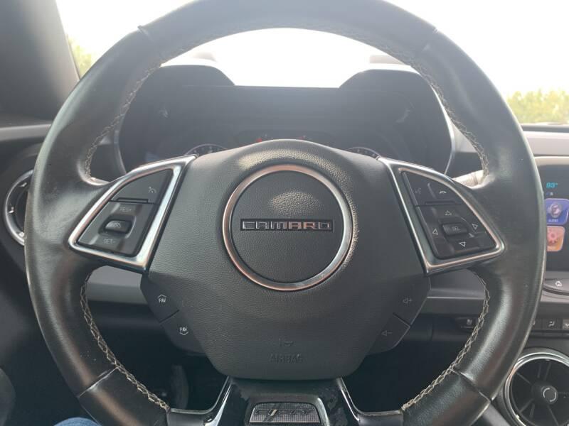 2017 Chevrolet Camaro LT 2dr Coupe w/2LT - Hialeah FL