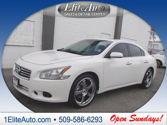 2012 NISSAN MAXIMA 35 S 4DR SEDAN white why look any further  weve taken the time to do a back