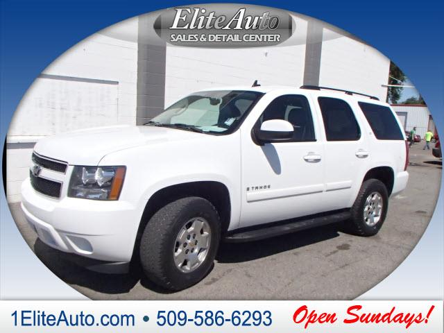 2008 CHEVROLET TAHOE LT 4X4 4DR SUV white picture yourself in this beauty  no need to second gue