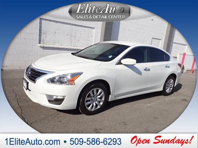 2013 NISSAN ALTIMA S white no sour lemons here with the confidence that comes from a carfax hist
