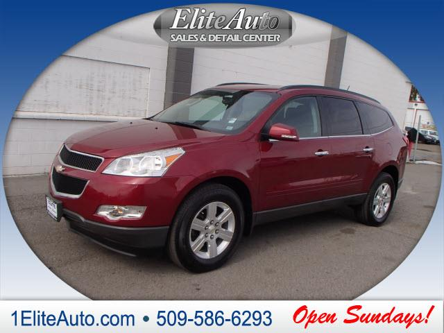 2011 CHEVROLET TRAVERSE LT AWD 4DR SUV W1LT red style meets practicality with the 2011 chevy tra
