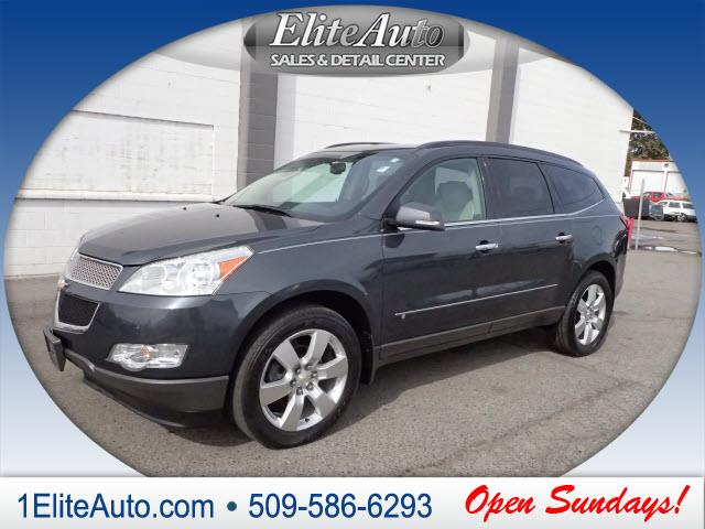 2009 CHEVROLET TRAVERSE LTZ AWD 4DR SUV gray the traverse is a good alternative to traditional tr