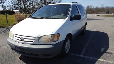 2003 Toyota Sienna for sale in Lewisburg, WV