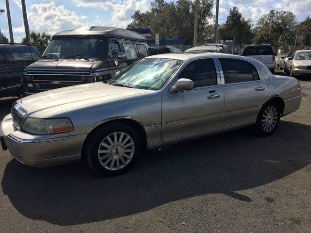 2003 Lincoln Town Car Executive 4dr Sedan In Gainesville Fl Sun