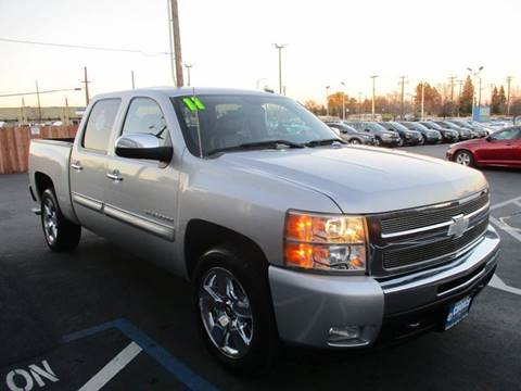 2011 Chevrolet Silverado 1500 for sale at Choice Auto & Truck in Sacramento CA