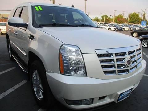 2011 Cadillac Escalade for sale at Choice Auto & Truck in Sacramento CA