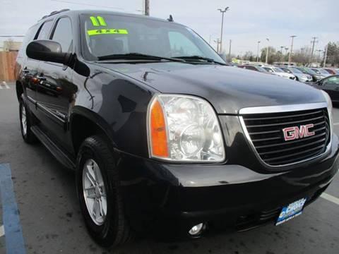 2011 GMC Yukon for sale at Choice Auto & Truck in Sacramento CA