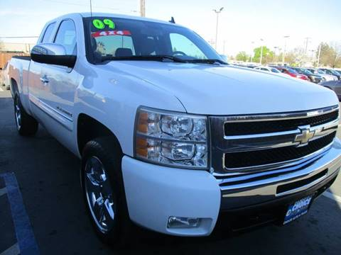 2009 Chevrolet Silverado 1500 for sale at Choice Auto & Truck in Sacramento CA