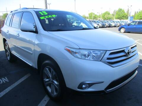 2013 Toyota Highlander for sale at Choice Auto & Truck in Sacramento CA