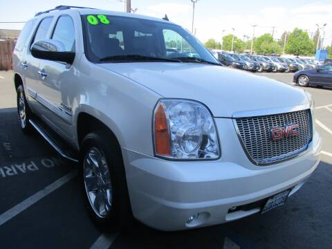 2008 GMC Yukon for sale at Choice Auto & Truck in Sacramento CA