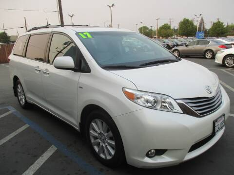 2017 Toyota Sienna for sale at Choice Auto & Truck in Sacramento CA