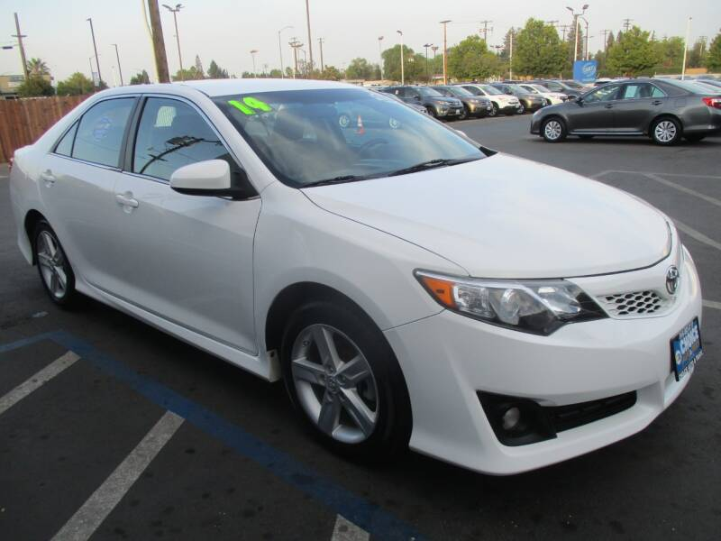 2014 Toyota Camry for sale at Choice Auto & Truck in Sacramento CA