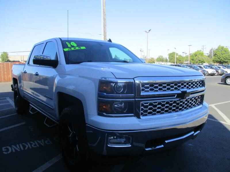 2014 Chevrolet Silverado 1500 for sale at Choice Auto & Truck in Sacramento CA