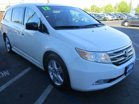 2012 Honda Odyssey for sale at Choice Auto & Truck in Sacramento CA