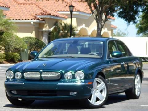 2006 Jaguar XJR for sale at PORT TAMPA AUTO GROUP LLC in Riverview FL