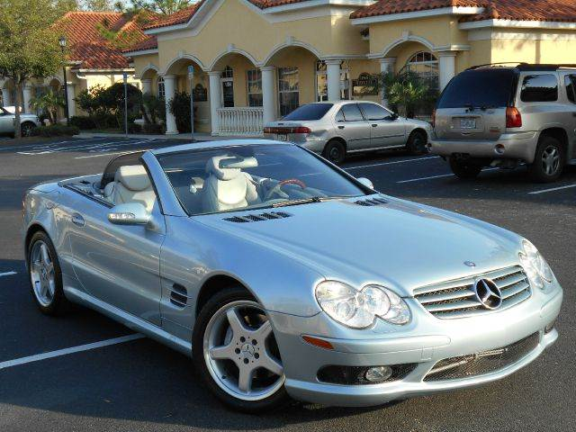 2003 Mercedes-Benz SL-Class for sale at PORT TAMPA AUTO GROUP LLC in Riverview FL