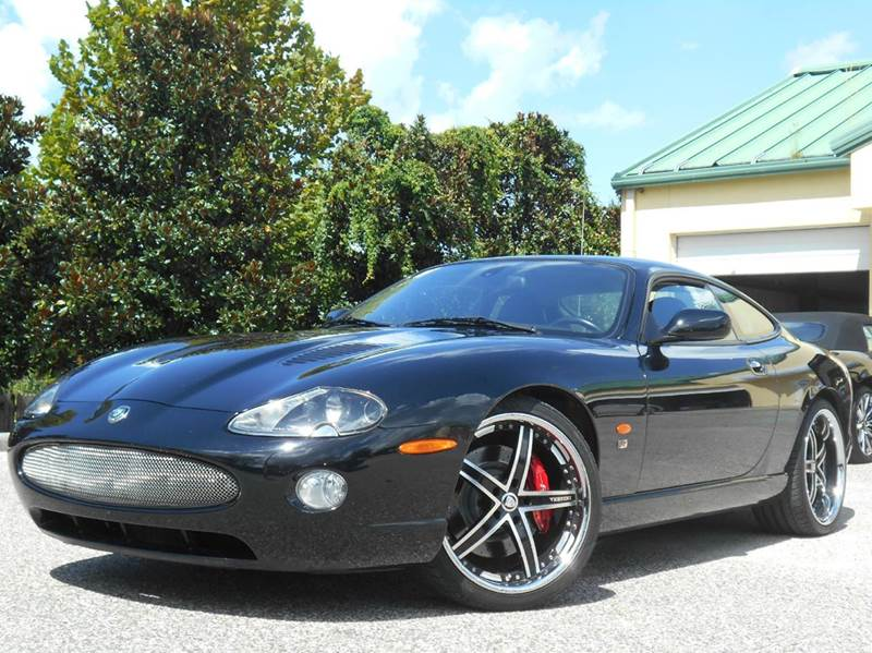 2006 Jaguar XKR for sale at PORT TAMPA AUTO GROUP LLC in Riverview FL