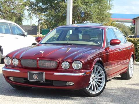 2004 Jaguar XJR for sale at PORT TAMPA AUTO GROUP LLC in Riverview FL