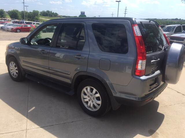 2006 Honda CR-V for sale at TOWN & COUNTRY MOTORS INC in Meriden KS