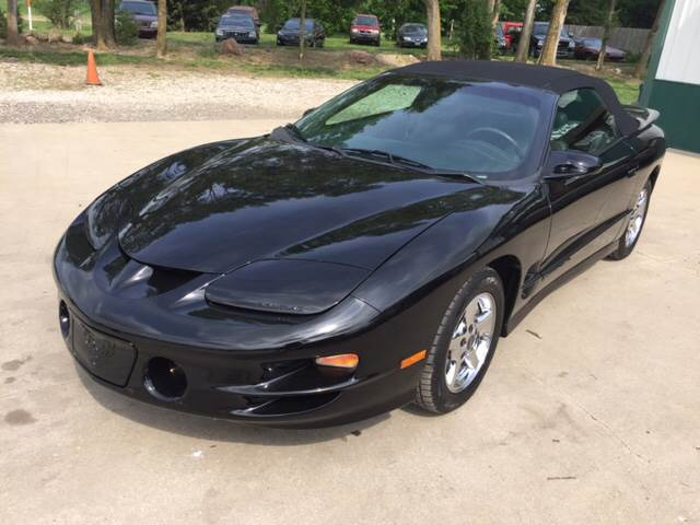 1999 Pontiac Firebird for sale at TOWN & COUNTRY MOTORS INC in Meriden KS