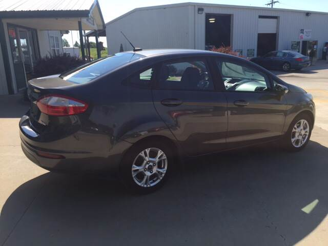 2015 Ford Fiesta for sale at TOWN & COUNTRY MOTORS INC in Meriden KS