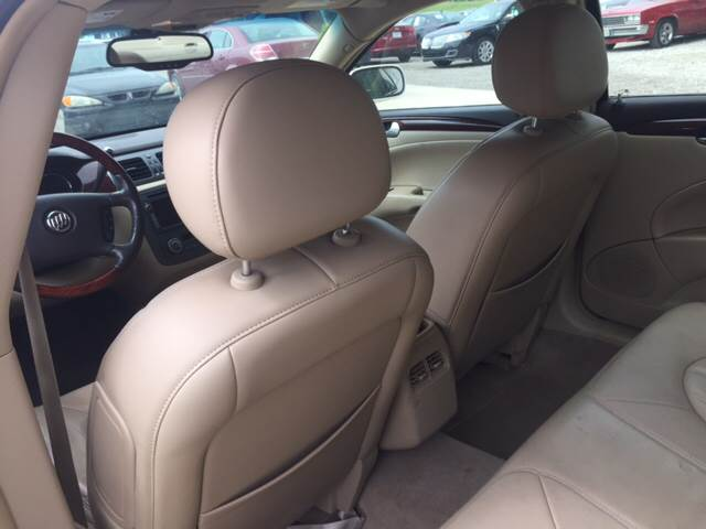 2008 Buick Lucerne for sale at TOWN & COUNTRY MOTORS INC in Meriden KS