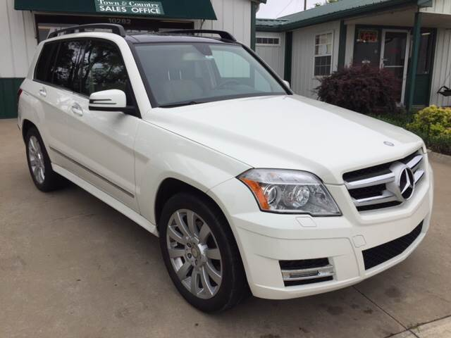 2012 Mercedes-Benz GLK for sale at TOWN & COUNTRY MOTORS INC in Meriden KS