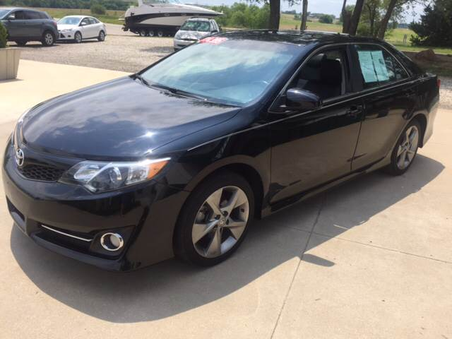 2014 Toyota Camry for sale at TOWN & COUNTRY MOTORS INC in Meriden KS