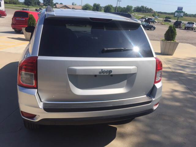 2012 Jeep Compass for sale at TOWN & COUNTRY MOTORS INC in Meriden KS