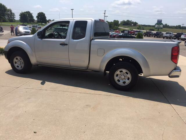 2015 Nissan Frontier for sale at TOWN & COUNTRY MOTORS INC in Meriden KS