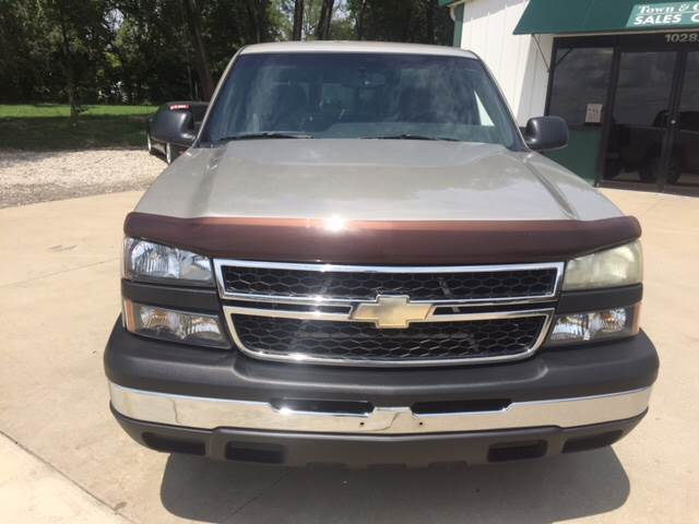 2007 Chevrolet Silverado 1500 Classic for sale at TOWN & COUNTRY MOTORS INC in Meriden KS