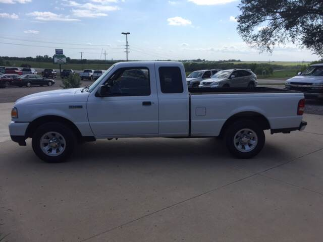 2009 Ford Ranger for sale at TOWN & COUNTRY MOTORS INC in Meriden KS