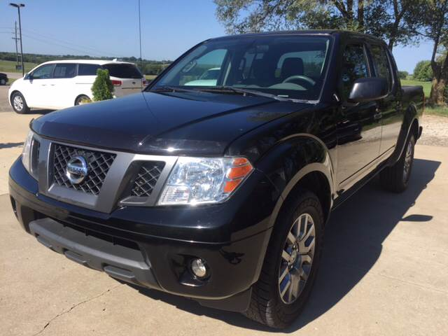 2012 Nissan Frontier for sale at TOWN & COUNTRY MOTORS INC in Meriden KS