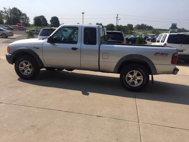 2003 Ford Ranger for sale at TOWN & COUNTRY MOTORS INC in Meriden KS