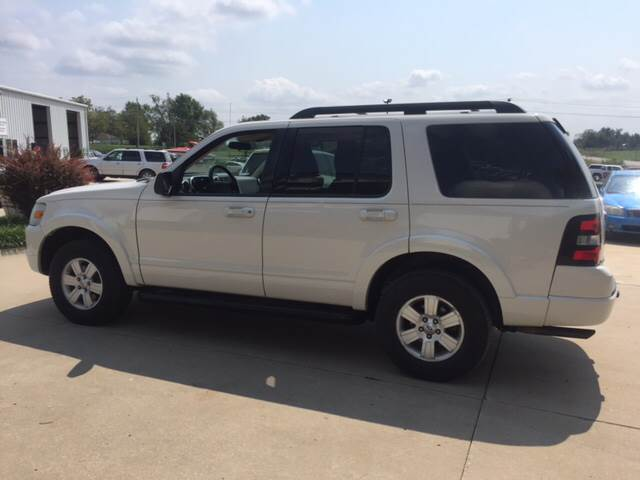 2010 Ford Explorer for sale at TOWN & COUNTRY MOTORS INC in Meriden KS