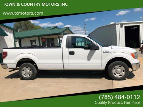 2009 Ford F-150 for sale at TOWN & COUNTRY MOTORS INC in Meriden KS