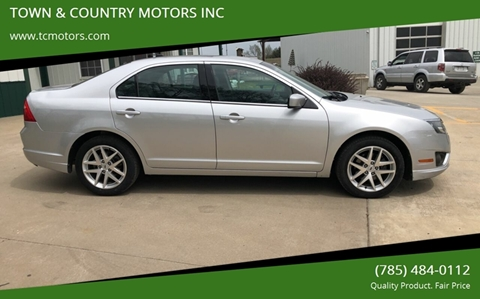 2012 Ford Fusion for sale at TOWN & COUNTRY MOTORS INC in Meriden KS