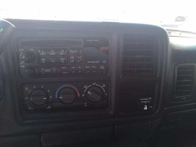 2001 Chevrolet Silverado 1500 for sale at TOWN & COUNTRY MOTORS INC in Meriden KS