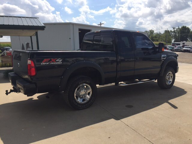 2008 Ford F-250 Super Duty for sale at TOWN & COUNTRY MOTORS INC in Meriden KS
