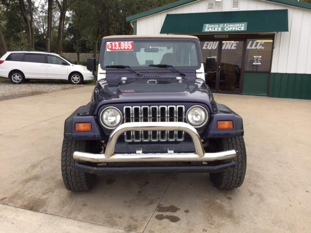 1999 Jeep Wrangler for sale at TOWN & COUNTRY MOTORS INC in Meriden KS