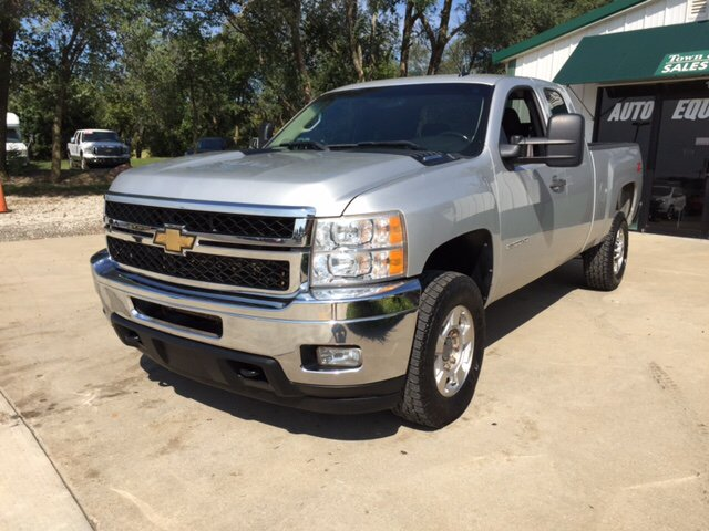 2011 Chevrolet Silverado 2500HD for sale at TOWN & COUNTRY MOTORS INC in Meriden KS