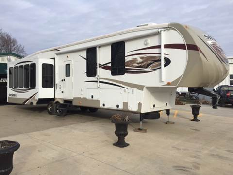 2014 Sierra by  Forest River Sierra 355RE 5 Slides for sale at TOWN & COUNTRY MOTORS INC in Meriden KS