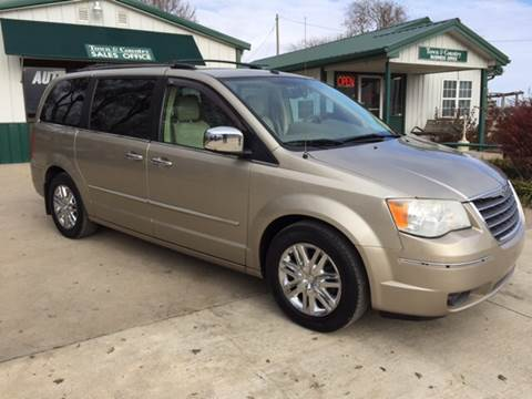 2008 Chrysler Town and Country for sale at TOWN & COUNTRY MOTORS in Meriden KS