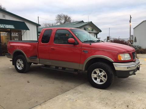 2002 Ford F-150 for sale at TOWN & COUNTRY MOTORS in Meriden KS